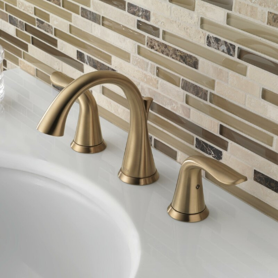 1.3538-CZMPU-DST Lahara Widespread Bathroom Faucet with Drain Assembly and Diamond Seal Technology