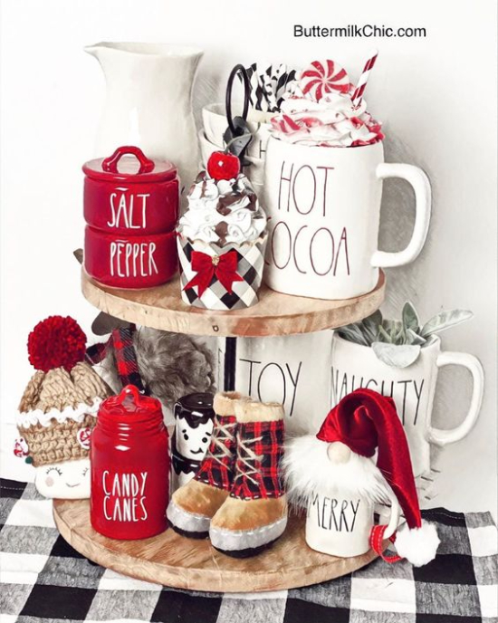 Red and White Farmhouse Holiday Tray