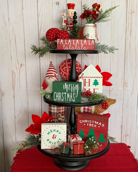 christmas tiered tray signs