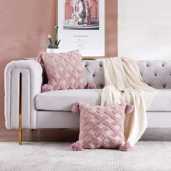 decorate a living room with pillows